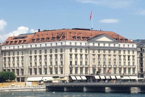 Aujourd'hui l'Hôtel des Bergues à Genève