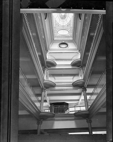 Galeries intérieures du bâtiment en 1914