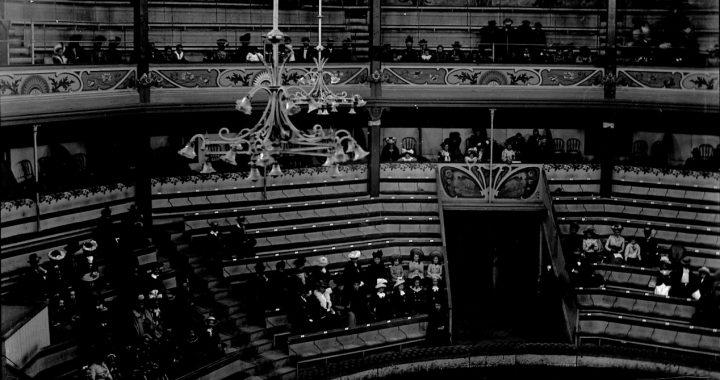 Intérieur Cirque Rancy©Bibliothèque de Genève