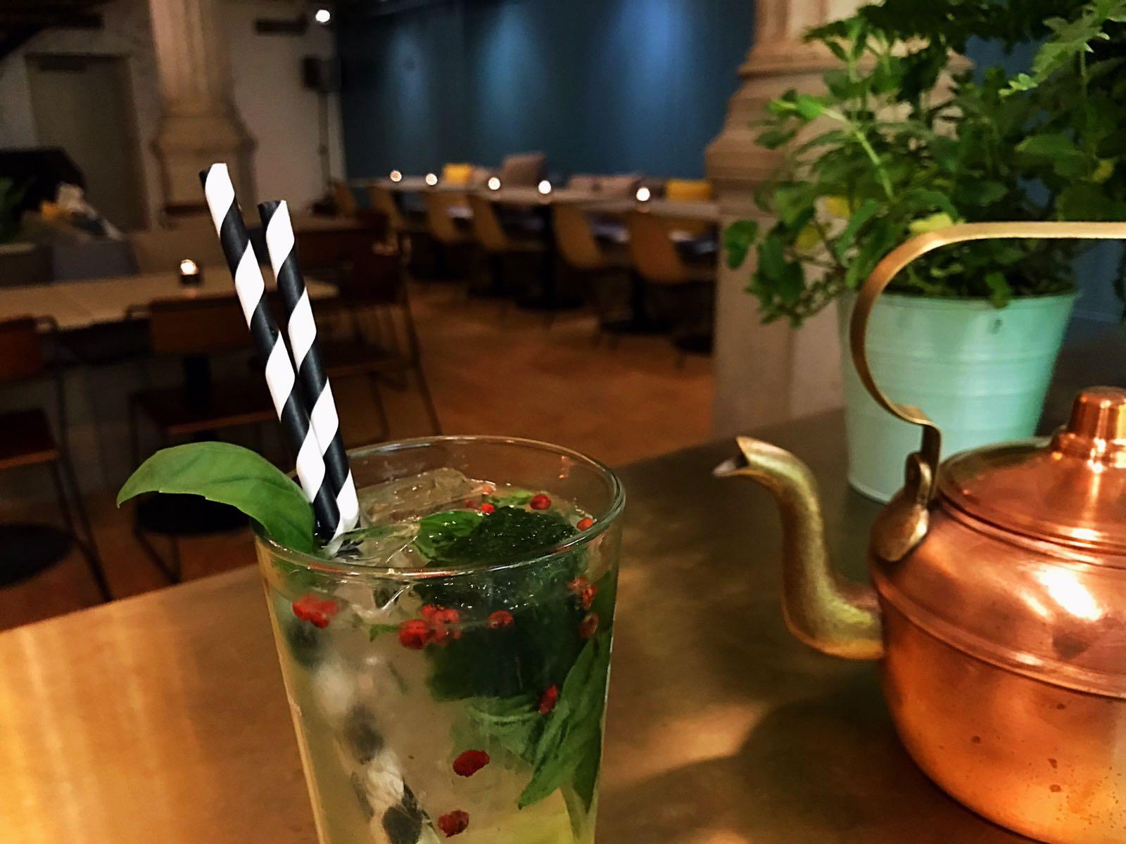 cocktail à  l'Athénée 4