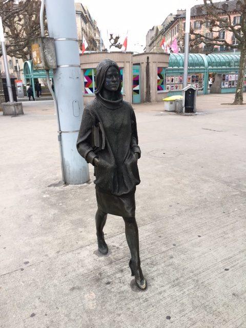 Statue de la belle inconnue@Hv